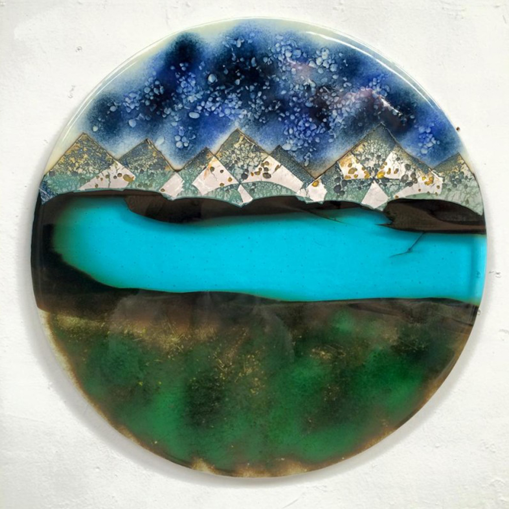 Shelby-Hawthrorne-Glass-Art-Carmel-Seaside-California-Artist-Prims-Carmel-General-Store