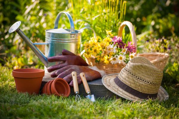 garden_tools-e1427141350715